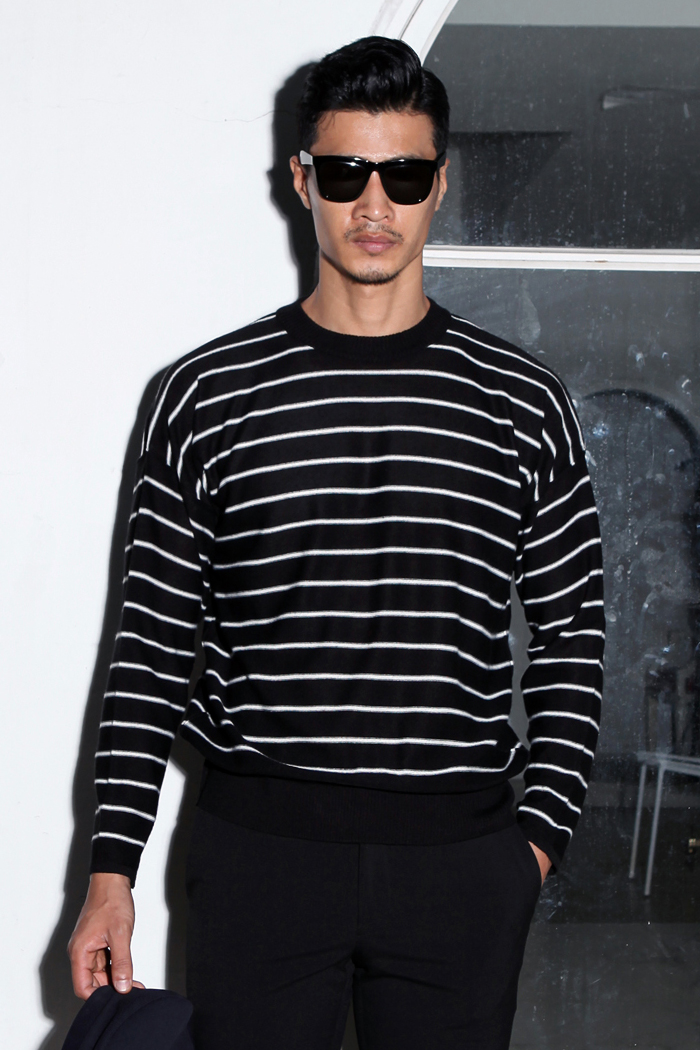Drop shoulder stripe knit t-shirt/2color