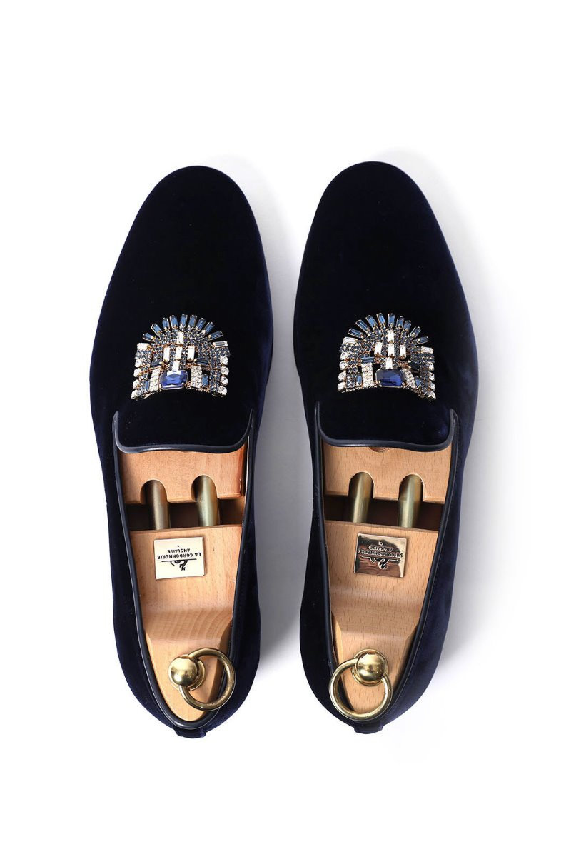 CRYSTAL BROOCH VELOUR SLIPPERS/NAVY